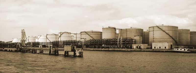 Hafen Tanklager